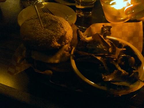 Kiwi Burger