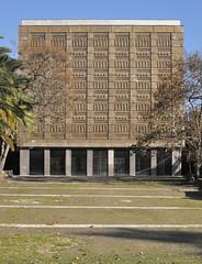 Cubo d'oro (MXCNV) Tags: italy architecture italia campania arte napoli naples architettura pavillion axum oro padiglione fuorigrotta mostradoltremare cubodoro