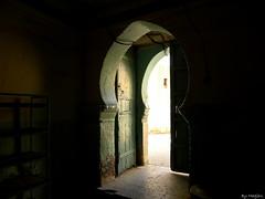 Door (Belhiouani) Tags: door algeria porte algerie ainmadhi