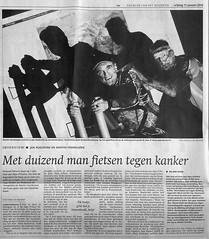 Met 1000 man fietsen tegen kanker: www.movetothetop.nl ! (Harmen de Vries) Tags: fietsen alpe venhuizen kanker dhuzes movetothetop roelevink