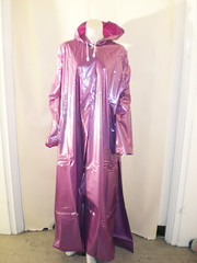 CIMG0747 (www.suziehigh.co.uk) Tags: rain shiny coat vinyl plastic raincoat pvc regenmantel