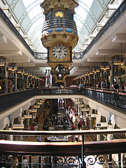 Queen Victoria Building (Axxolotl) Tags: architecture sydney australia shoppingcentre architektur australien shoppingcenter qvb queenvictoriabuilding diamondclassphotographer flickrdiamond arethesebuildings axxolotloz