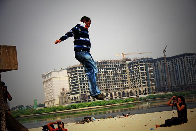 jump..jump..click..click...
