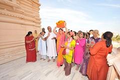 Bhagawad - Day One (16th Jan 2010) (Udasin Karshni Ashram / Naresh Swami) Tags: mathura porbandar ramanreti sandipani swamikarshninaresh swamikarshnigurusharanandajimaharaj bhagawadpravachan rameshbhaiohja nareshswami