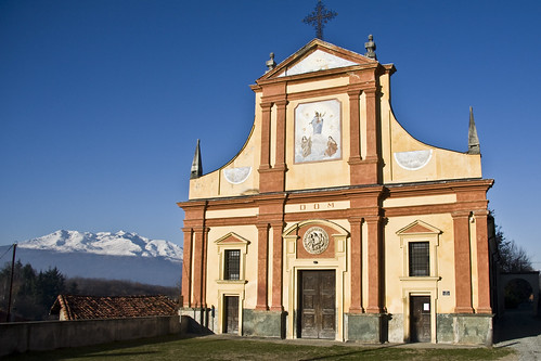 Town's Church of San Giovanni Battista #3 (by storvandre)