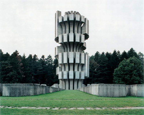 spomenik6-2007