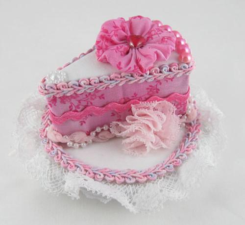 PinkCakeHat1 by Sweet_Suzette.