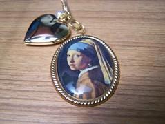 portrait (alyshannon) Tags: necklace trinket locket