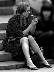 Englishwomen_018-BW (The-Wizard-of-Oz) Tags: london sitting smoking englishwoman