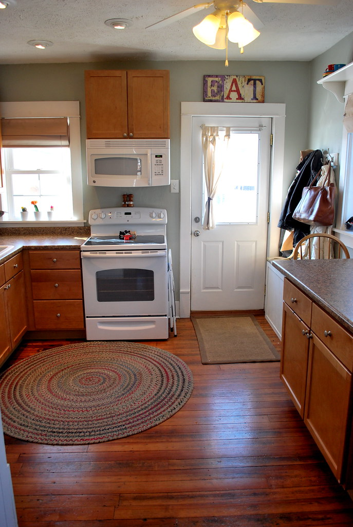 How To Refresh Oak Kitchen Cabinets