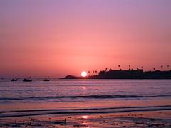 versova-beach-1 (saf_m) Tags: sunset boats versovabeach