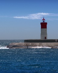 Puerto de Cartagena (Aivark) Tags: blue sea lighthouse azul faro puerto mar harbour murcia cielo cartagena marino bocana nontypical
