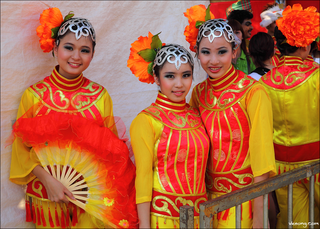 pretty-chinese-dancers
