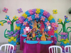 Tema Princesas (Joaninha Decoraes) Tags: festa tema bexigas decoraco princessas infntil