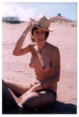 (kowalski.) Tags: sol playa sombrero praktica