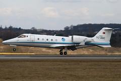 TC-ARC - 60-094 - Arkasair Havacilik ve Ticaret AS - Learjet 60 - Luton - 100316 - Steven Gray - IMG_8598