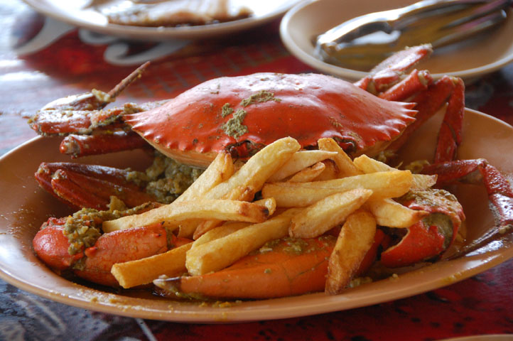 Mud crab in garlic-butter sauce