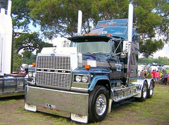 photo by secret squirrel (secret squirrel6) Tags: park blue trees classic ford beautiful grass monster nikon waiting flickr heaven display photos stripes gorgeous awesome transport australia oldschool truckstop explore lorry bumper chrome badge huge patterson beast trucks resting grille rims bonnet legend flikr goodlooking visor bobtail stopped spotlights truckdriver semitrailer bigrig mudflaps whittlesea bigrigs truckshow ruralaustralia alcoas roundheadlights aussietrucks fordltl roundtanks bogiedrive worldtrucks worldtruck pattersontransport secretsquirrel6truckphotos