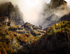 Crystal Mountains (Alexandre_Deschaumes) Tags: autumn mountain lord ring workshop ethereal alexandre tolkien rivendell sixt deschaumes fondcombe