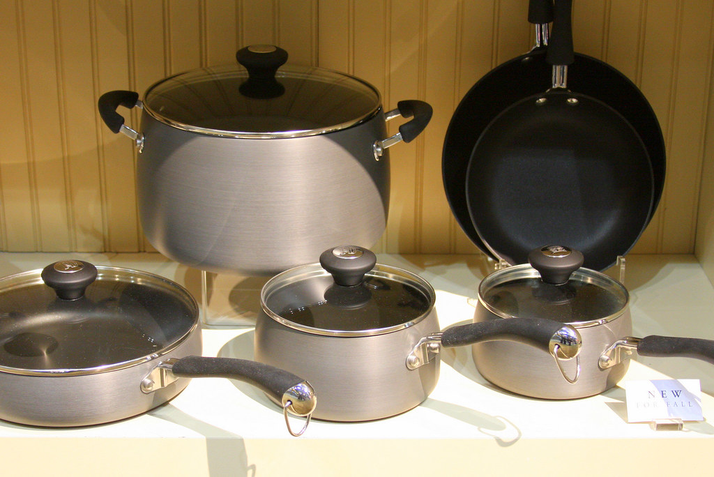 Hard Anodized Cookware from Paula Deen