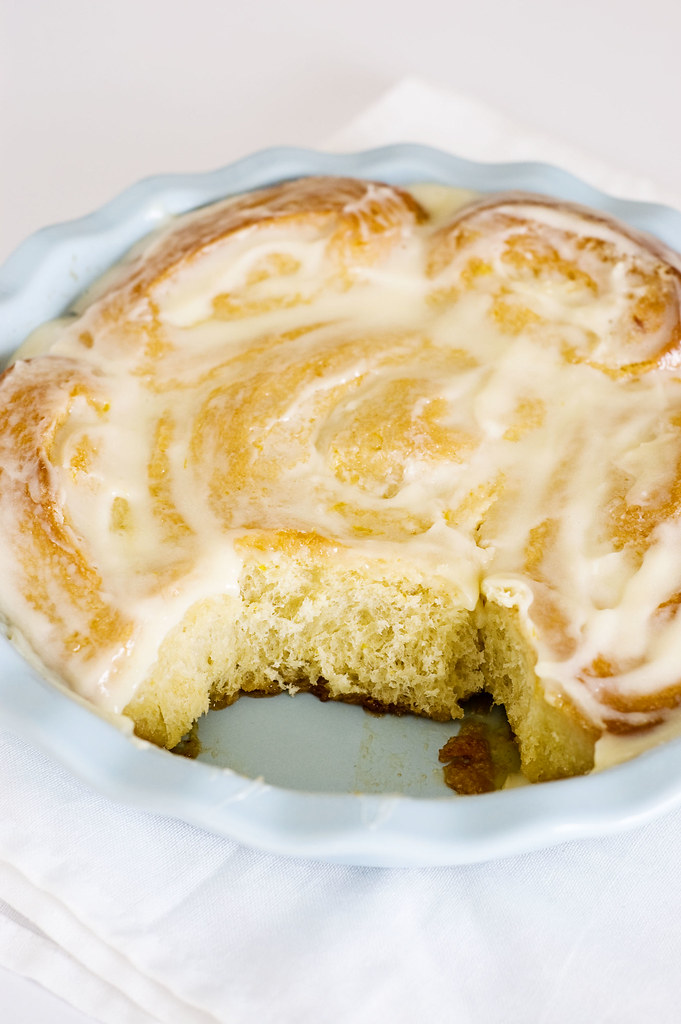 lemon sticky rolls - serving