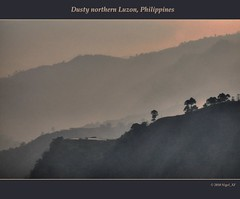 Morning dust ... northern Luzon, Philippines (nigel_xf) Tags: fog nikon nebel philippines dust nigel luzon bontoc philippinen dunst d300 morgennebel nikond300 nigelxf