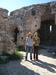 ymittos-pasen-2010a (geeraae) Tags: easter ruins athens greece monastery attica eastereggs ymittos easter2010 carmenandanna