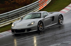 Porsche Carrera GT on a rainy Norschleife (Martijn Kapper) Tags: rain speed germany racing ring exotic rainy porsche 2008 2009 fahren carreragt tf nrburgring nrburg norschleife touristenfahren
