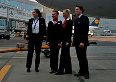 Brussels Airlines (Osdu) Tags: portrait people girl airport russia aircraft aviation airplanes flight crew airlines stewardess attendant pilot dme sn airhostess stewardes htesse azafata aeromoza brusselsairlines