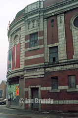 88 Miles Platting Playhouse 31 (stagedoor) Tags: uk england copyright cinema building architecture teatro star kino theater theatre olympus cine lancashire scanned abc bingo playhouse queensroad greatermanchester oldhamroad milesplatting hulmehallroad