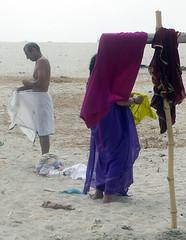 Sneek Peek Varanasi (amiableguyforyou) Tags: india men up river underwear varanasi bathing dhoti oldmen ganges banaras benaras suriya uttarpradesh ritualbath hindus panche bathingghats ritualbathing langoti dhotar langota