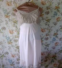 Simply divine full slip (HeidiGo Lightly) Tags: vintage apron nylon slips halfslip sexyhousewife