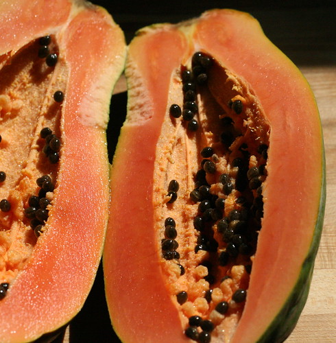 papaya cut open