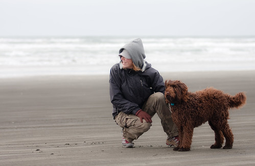 Fay, Ewok & the mighty Pacific Ocean