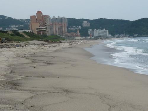 今年沙灘變了一個樣了
