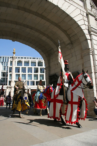 St George passing through Temple Bar Gate