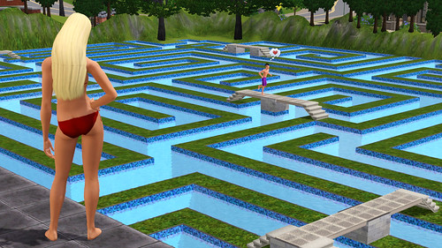 game Sims 3 labyrinth pool