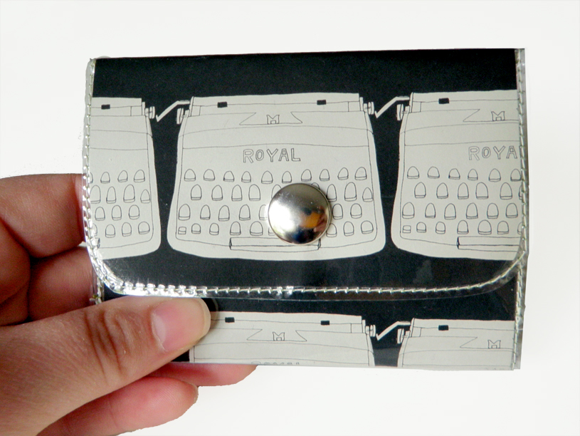 Vinyl wallet - Typewriter