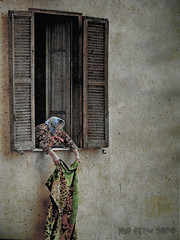 The old lady (PheCrew) Tags: old window lady photoshop finestra phe sgiovanni vecchietta soken