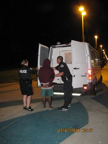 Busted in Venice Beach - http://la.indymedia.org/news/2010/05/238765.php
