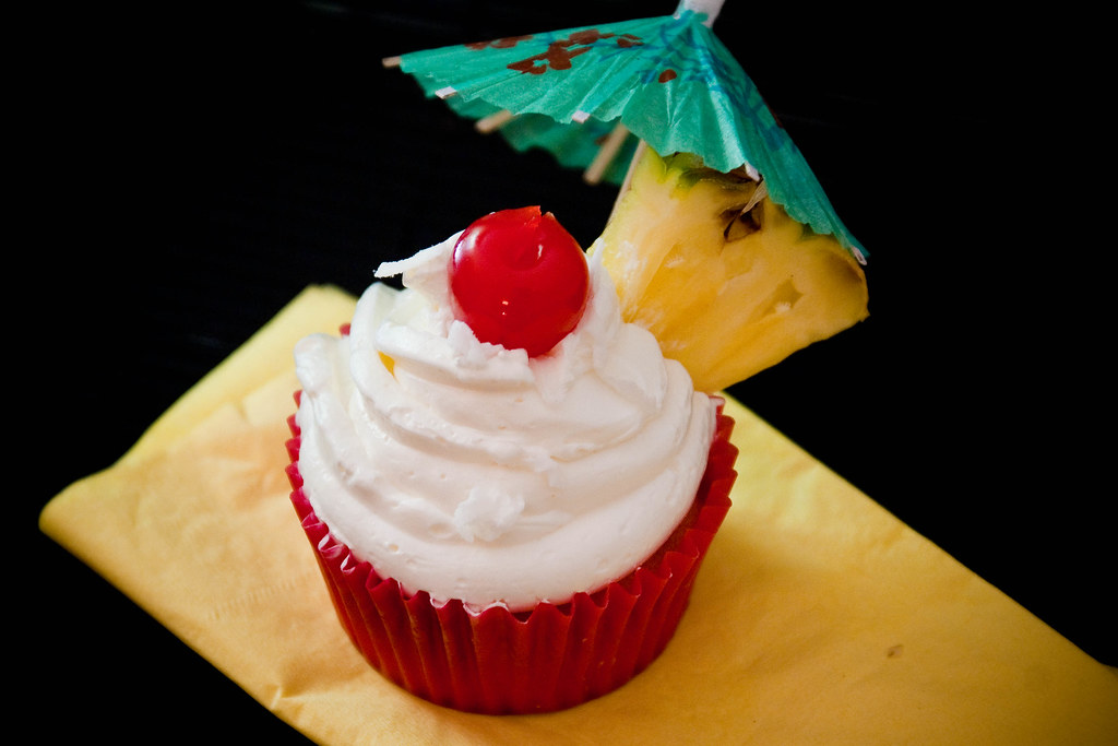 Cupcakes Take The Cake: Piña colada cupcake with real pineapple and ...