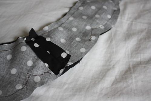 Step 10a: Start at a Seam and Sew Around Collar