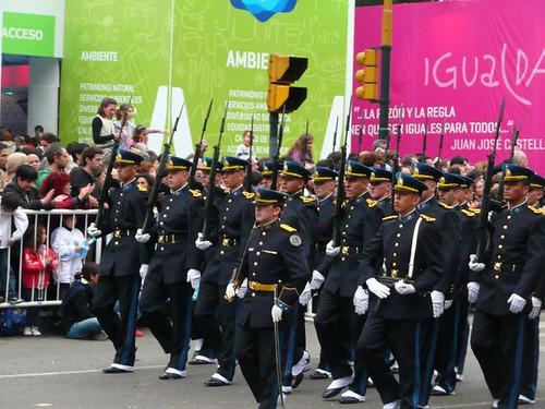 desfile militar - bicentenario argentino 2