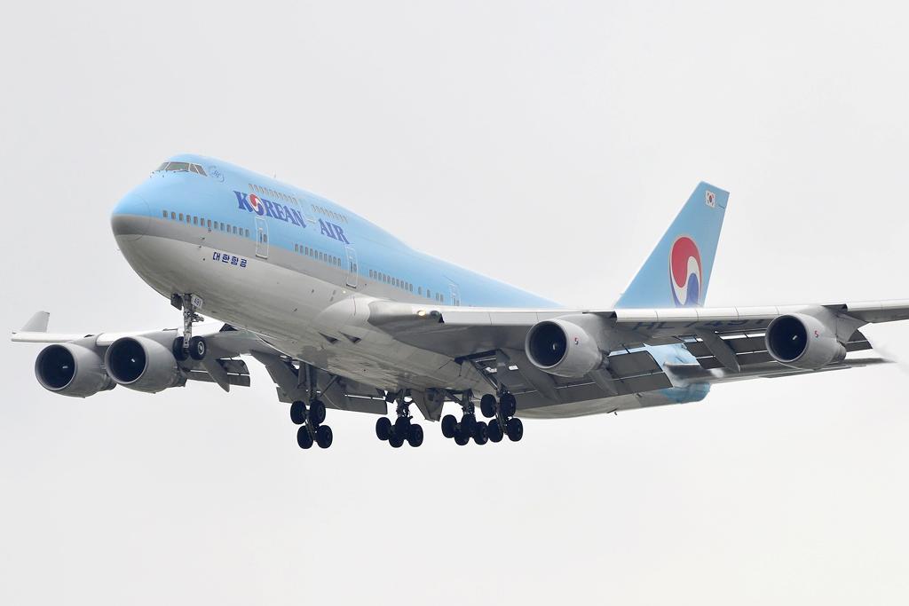 Korean Air Boeing 747-4B5 (HL7491)