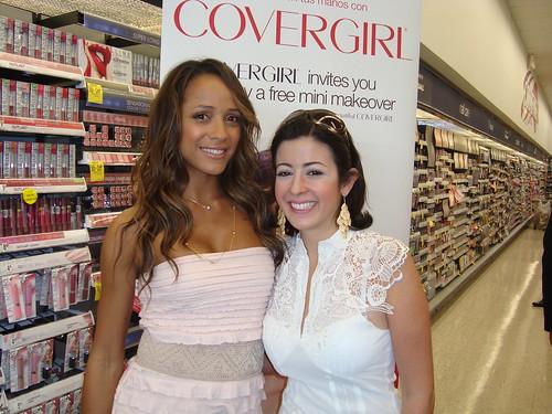 Dania Ramírez con Dafne Guzman