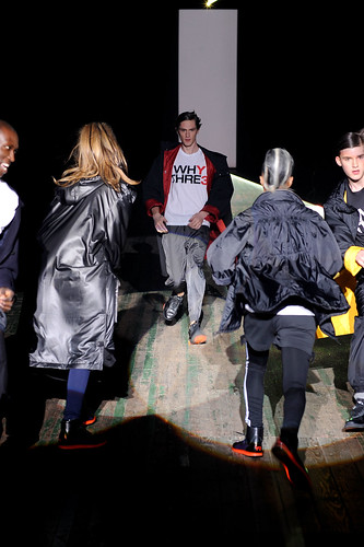 Charlie Westerberg3280_FW10_NY_Y-3_HQ(coutorture.com)