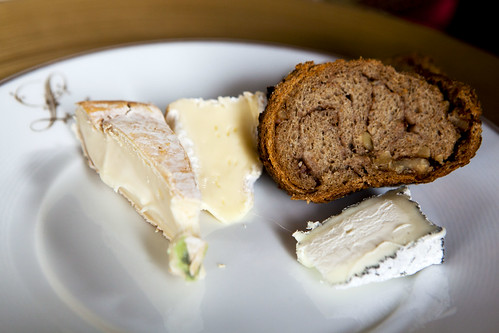 HC's cheese plate with hazelnut bread