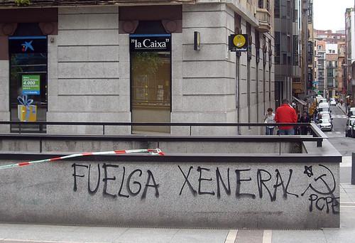 Fotos de la agitación de los CJC/CMC  y el PCPE-Asturies por la huelga general 4660136998_1bd50ff648