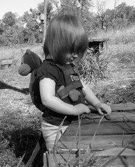 Jackson Bottom Wetlands (pete4ducks) Tags: blackandwhite nature oregon outdoors child pete cropped evie 2008 hillsboro picnik evangeline washingtoncounty jacksonbottomwetlands pete4ducks peteliedtke flickrunitedaward