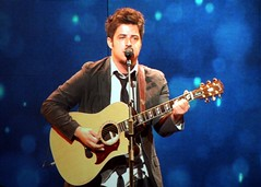 4670690358 3850ba68d4 m American Idol Season 9 winner Lee Dewyze, to Release his First Album this Fall of 2010
